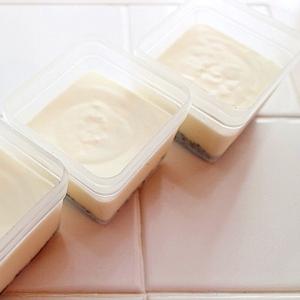 簡単!レアチーズケーキ風濃厚水切りヨーグルトケーキ