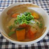 セリとカボチャと鶏団子のスープ