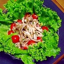 キノコとトマトのサラダ