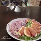 イチジクと赤たまねぎのサラダ