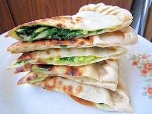 ニラとたまごの中華風クレープ(韮菜鶏蛋餅)