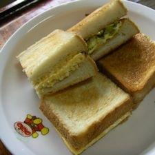 ふわふわ玉子&キャベツのカレー炒めのトーストサンド