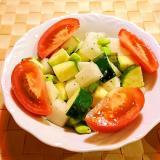 大根とズッキーニと枝豆のサラダ