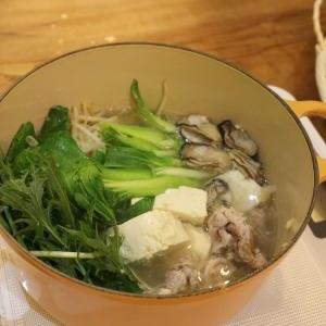 牡蠣と青梗菜の中華なべ
