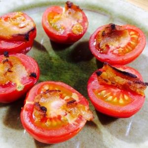 【ガサツ料理】材料2つだけ!味噌とトマトのおつまみ
