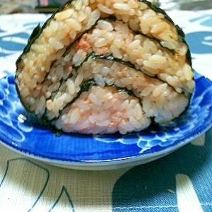 海苔サンド鮭おにぎり