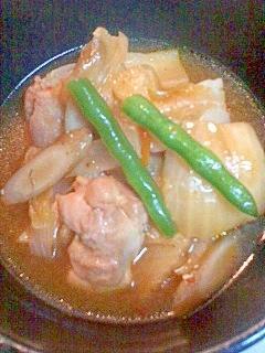 鶏肉のキムチ煮
