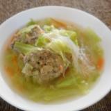 キャベツと肉団子の春雨スープ