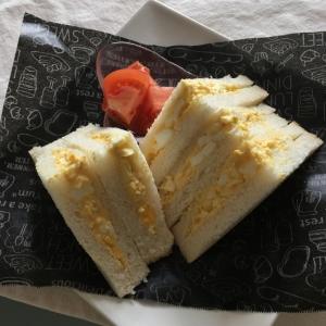 とにかく簡単!!市販タルタルソースで簡単卵サンド♡