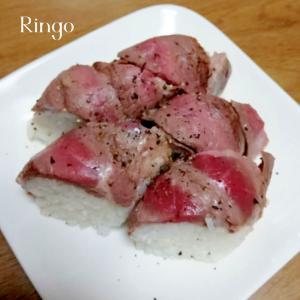 ビーフステーキの巻き寿司♬