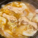 体温まる手羽元とキャベツのしょうが醤油麹スープ