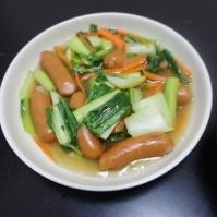 ソーセージと野菜のコンソメ風味