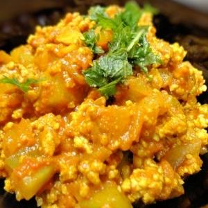 簡単夕飯☆冬瓜と鶏ミンチのキーマカレー