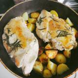 鶏胸肉とジャガイモのローズマリー焼き