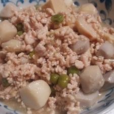 高野豆腐と里芋のそぼろ煮