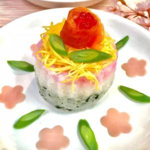 ひな祭り三色寿司ケーキ