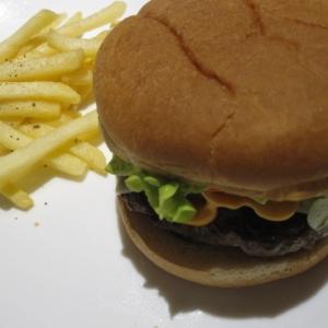 牛肉100%ハンバーガー