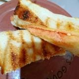 明太子チーズホットサンドイッチ