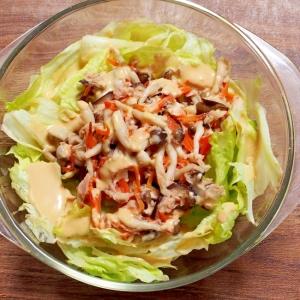 洋風味噌ドレッシングで食べる  きのこサラダ