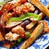 鶏ひき肉&ナス&ピーマンの炒め物♪(オイスター他)