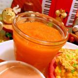 栄養満点!人参と林檎とオレンジのスムージー