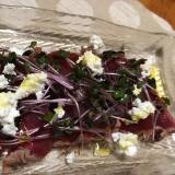 鰹のたたきのカッテージチーズサラダ