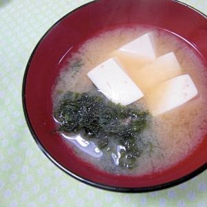豆腐とあおさ味噌汁