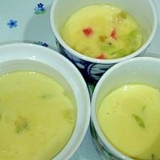 鍋でカニカマ・しめじ・長ネギ・鶏肉の茶碗蒸し