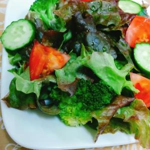 簡単☆トマトとサニーレタスの和風サラダ