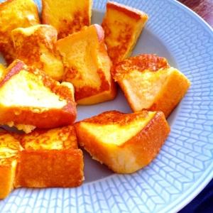 クローブ風味のフレンチトースト