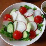 コールラビのサラダ