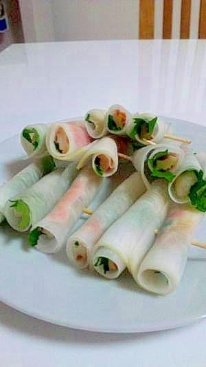 おつまみに 大根と大葉の楊枝で食べる和前菜