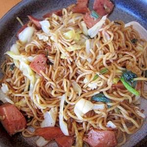 ハムと小松菜焼き蕎麦