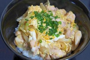 簡単! 日本の味、親子丼♪