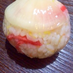 錦糸卵と紅生姜の沢庵おにぎり