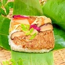 リレー式減塩☆鮭水煮缶で押し寿司