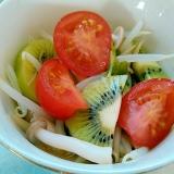 もやしシメジつまみ菜とキュウイのピクルス風サラダ