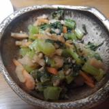 ご飯にかけて美味しい!大根の葉とひき肉ピリ辛炒め
