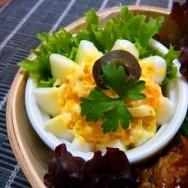 茹で卵をオシャレにお弁当に タルタルフラワーエッグ