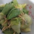 サラダ麺を使ったレタスときゅうりのサラダ