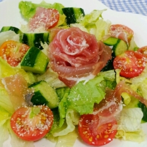 ☆豪華☆生ハムのローズサラダ