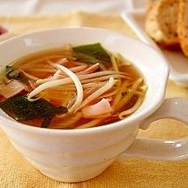 緑豆もやしのコンソメスープ