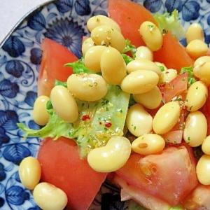 新鮮トマトと大豆のサラダ
