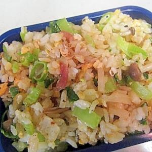 小松菜とハムと卵炒飯