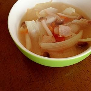 かぶと野菜の中華スープ