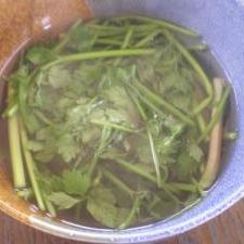 三つ葉の中華スープ
