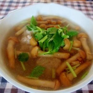 肉団子となめこの和風スープ