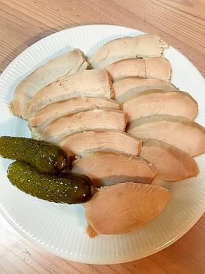 激うま!塩麹で漬けた鶏のハム