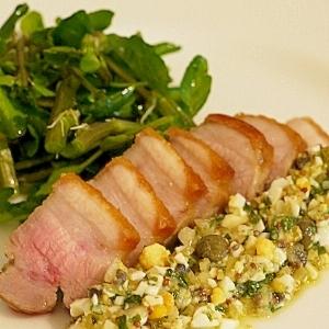 塩漬け豚バラ肉のソテー ラヴィゴットソース