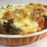 ★甘辛チリソース★豚挽肉となすとトマトのチーズ焼き